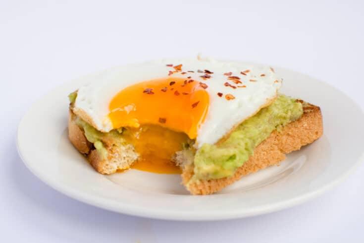 Keto Avocado Toast With Fried Egg